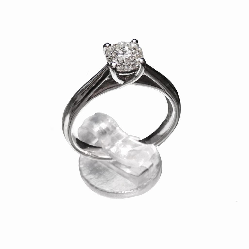 INCROCI: solitario oro bianco 18 Kt  e diamante ct 0,50 G color vvs, realizzato a mano, finitura lucida.